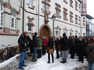 Gemeinsamer Spaziergang über das Klostergelände Fotos: A. Reiss