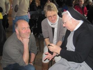 Ein persönliches Gespräch am Rande Foto: SMMP/Pastusiak